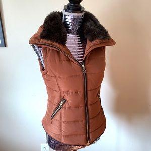 Brown Fur Collar Zip Up Vest